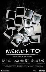 De klassieke thriller Memento snijdt een aantal fascinerende onderwerpen aan over geheugen en zingeving.